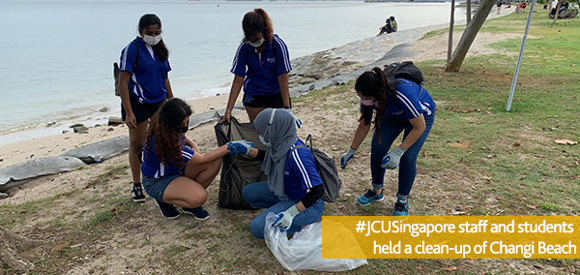 JCU Staff and Students Beach Clean up